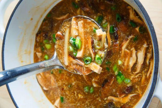 La délicieuse recette de soupe asiatique au tofu (aigre-douce)!