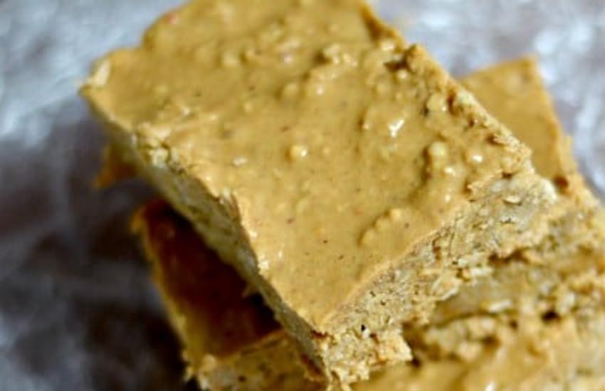 La recette facile de barres tendres à l'avoine et au beurre d'arachides!
