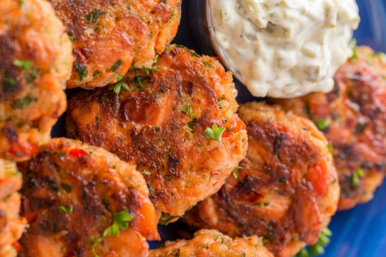 La recette facile de croquettes au saumon!