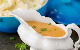 La meilleure recette de sauce gravy pour la dinde (Super facile!)