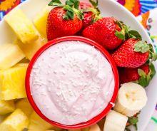 Trempettes aux fraises pour les fruits