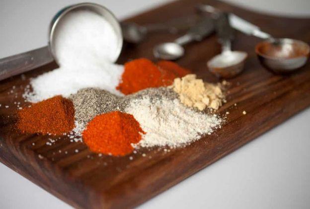 La meilleure recette de sel d'assaisonnement maison au monde!