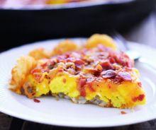 Pizza déjeuner aux patates hashbrown