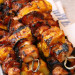 La meilleure recette de brochettes de poulet au bacon et à l'ananas!