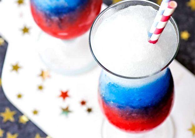 Cette slush alcoolisée à la limonade (Bleu blanc rouge) est le drink de l'été!! (Un vrai délice)