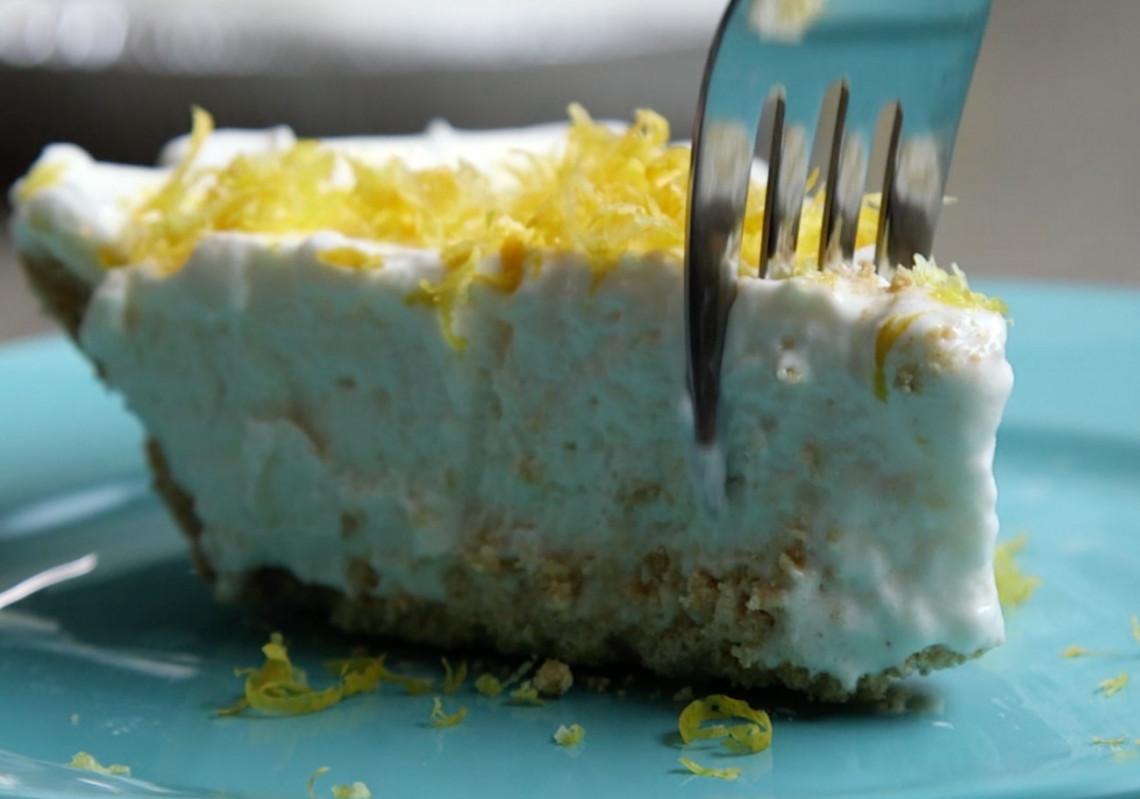La meilleure recette de tarte glacée au citron (Vraiment facile!)