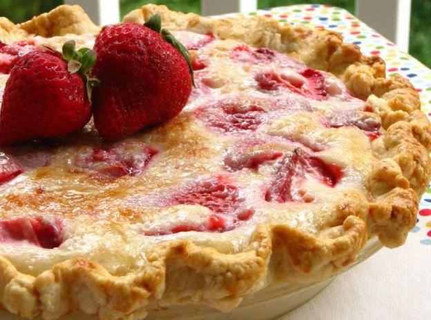 La meilleure recette de tarte aux fraises à la crème sure!