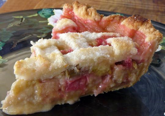 Cette recette facile de tarte à la rhubarbe est la meilleure au monde!