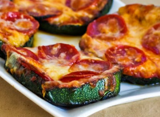 Tranches de courgette à la pizza