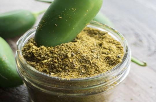 La recette facile de poudre de chili maison (avec des Jalapenos)!