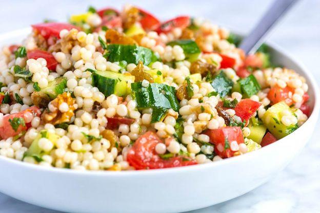 La meilleure recette facile de salade de couscous aux légumes!