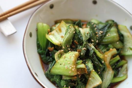 Une recette parfaite de bok choy sautée au gingembre (Super facile!)