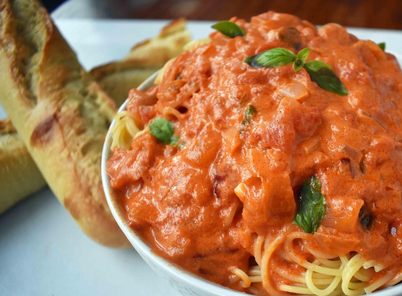 La recette facile de crème de tomates (Un vrai délice!)