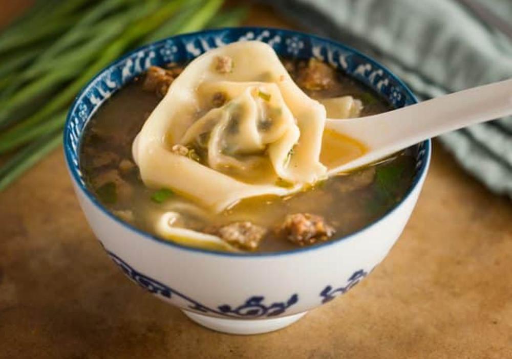 La meilleure recette de soupe Wonton (Comme au restaurant!)