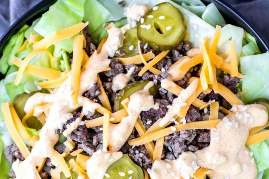 La meilleure recette de bol de salade (style Big Mac)!