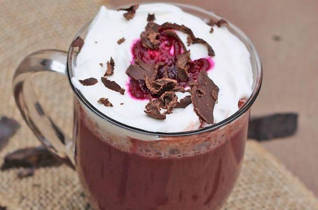 La meilleure recette de chocolat chaud aux betteraves! Miam :)