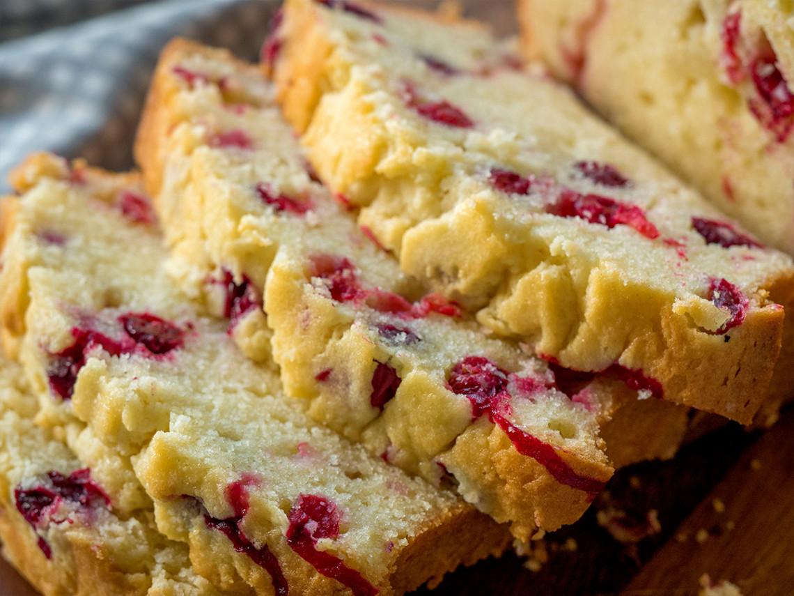 Ce pain au fromage à la crème et canneberge est totalement délicieux et facile à faire!