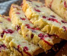Pain au fromage à la crème et canneberges
