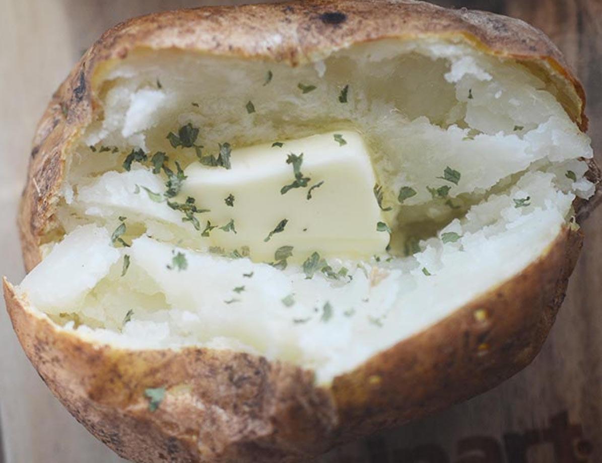 La meilleure recette de pommes de terre à la friteuse à air!