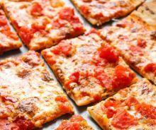 Pizza à la croûte mince (style Domino's)