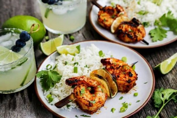 La meilleure recette de brochettes de crevettes à la margarita!