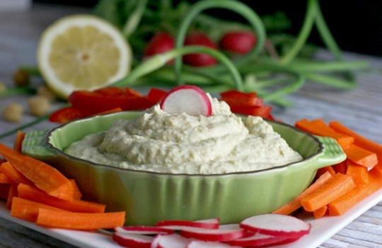 La délicieuse recette de humous à la fleur d'ail (Super facile à faire!)