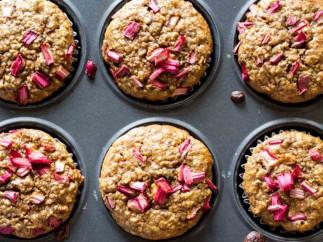 Une délicieuse recette de Muffins à la rhubarbe santé et sans gluten!