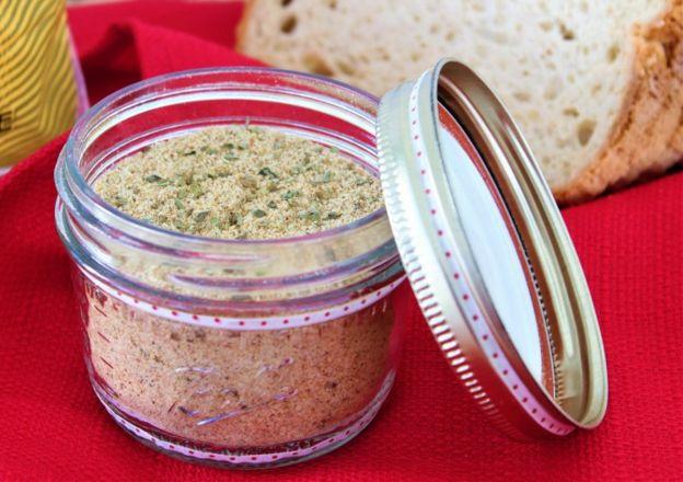 Une recette de chapelure italienne sans gluten très facile à faire...