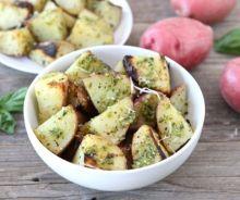 Pommes de terre grillées au pesto