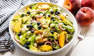 La meilleure recette de salade d'été aux pêches!