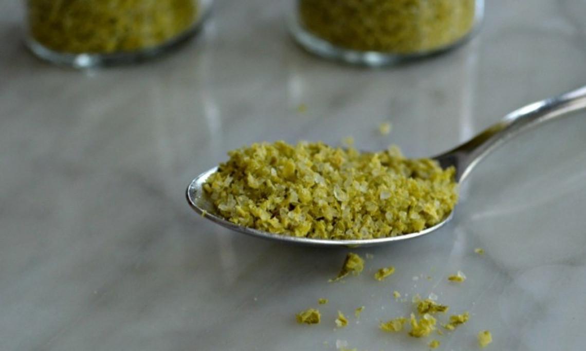 La recette facile de sel de fleur d'ail (Un assaisonnement parfait!)