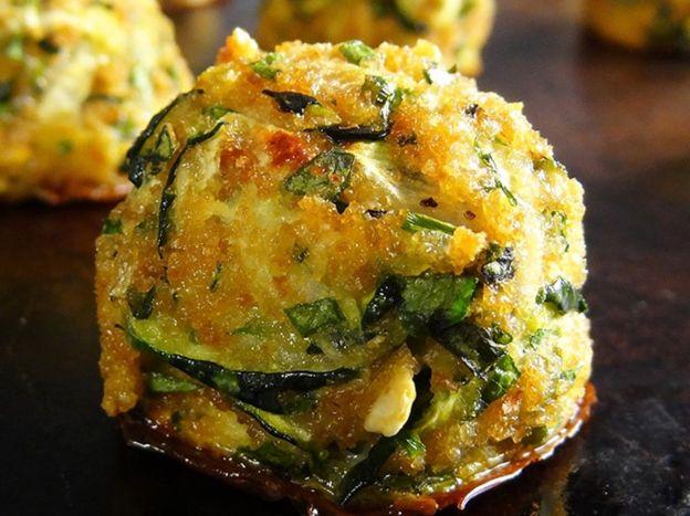 Les bouchées de courgette à l'ail sont vraiment délicieuses et faciles à faire!