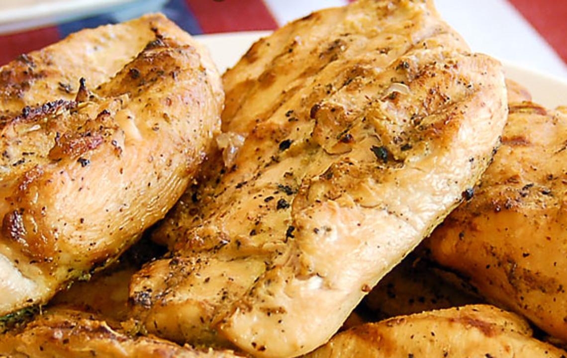 La fameuse marinade à la bière et à l'ail pour le poulet (Humm!)