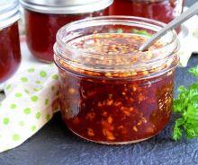 Conserve de sauce chili sucrée à la thaï