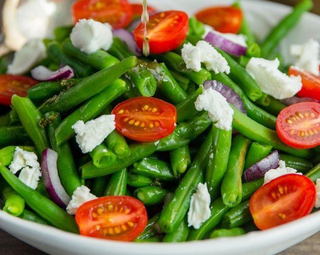 Cette délicieuse recette de salade de fèves vertes est facile à faire!