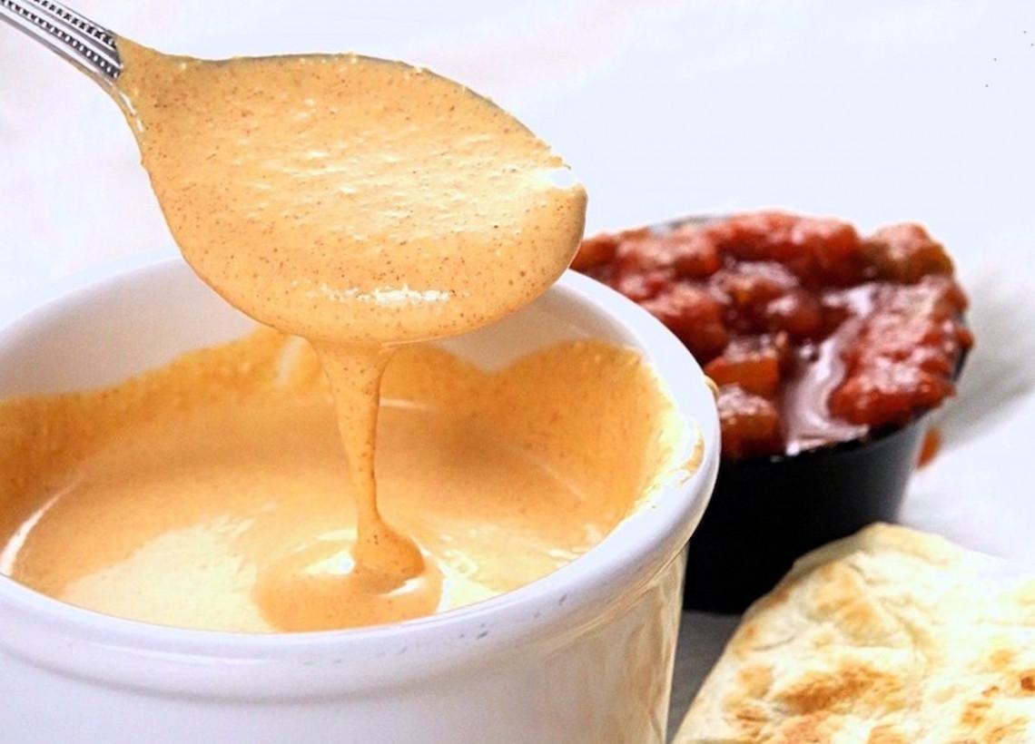 La recette secrète de sauce crémeuse au jalapeno (style Taco Bell)!