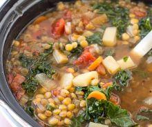 Soupe au légumes et lentilles dans la mijoteuse