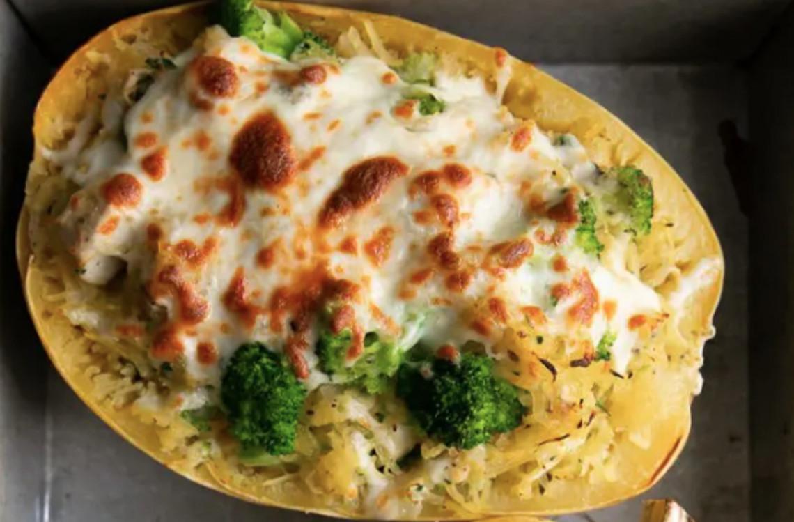 La recette de courge spaghetti gratinée au poulet et brocoli!