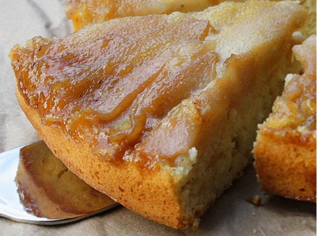 La meilleure recette de gâteau renversé aux poires (Très facile à faire!)