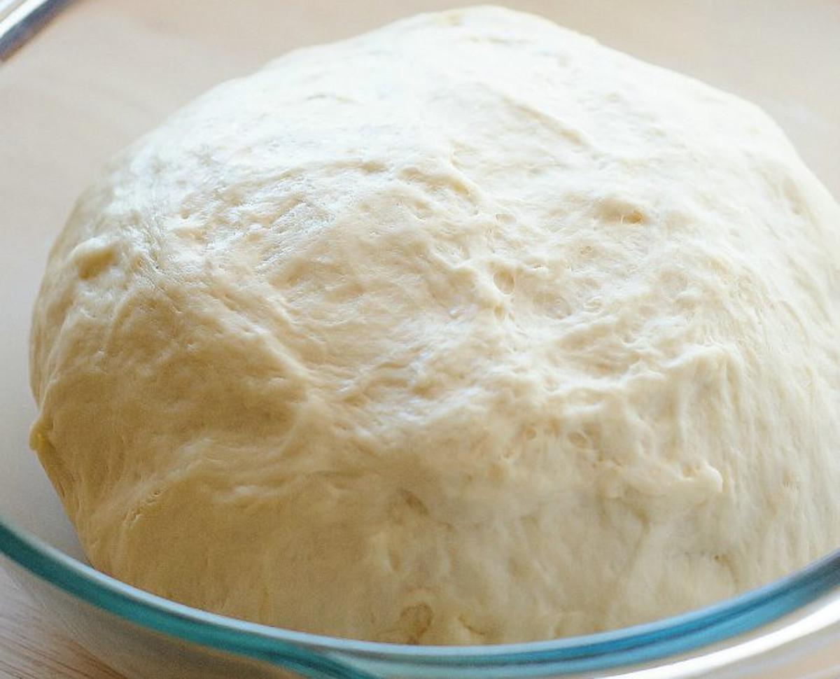 La meilleure recette de pâte à pizza (Super facile à faire!)