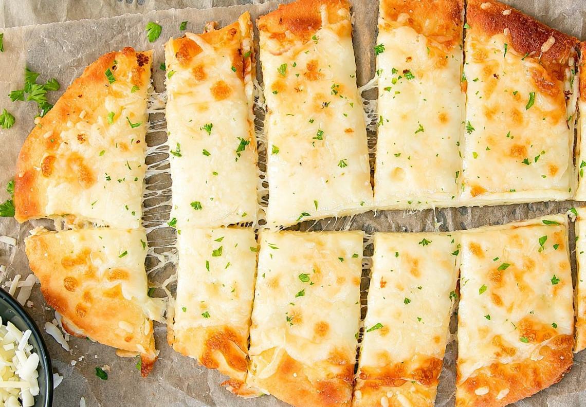 Les mini-baguettes de pains au fromage pour la diète cétogène !