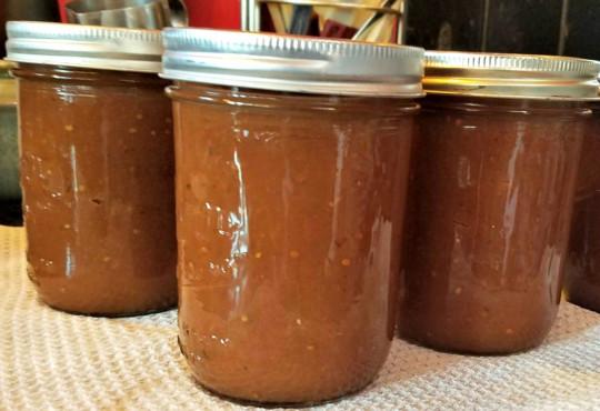 La recette facile de conserves de sauce barbecue aux pommes!