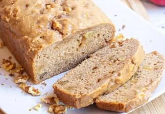 La délicieuse recette de pain aux pommes, érable et noix !